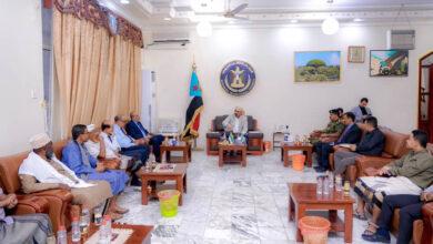 صورة الرئيس الزُبيدي: حضرموت ستبقى موحدة بقيادة محلية واحدة للمجلس الانتقالي  بالمحافظة
