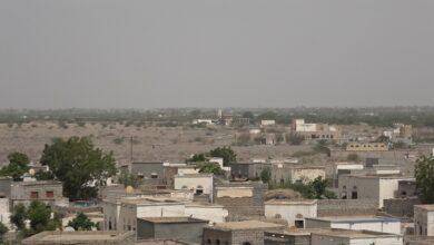 صورة الحديدة اليمنية.. مليشيات الحوثي تستهدف أحياء سكنية متفرقة في التحتيا