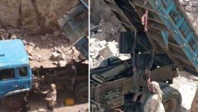 صورة مليشيا الحوثي تشنق سائق شاحنة رفض دفع جبايات في إب اليمنية