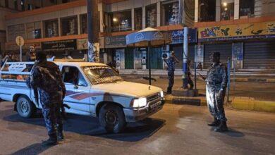 صورة الأجهزة الأمنية تلقي القبض على ثلاثة متهمين في اشتباكات قبلية بساحل حضرموت