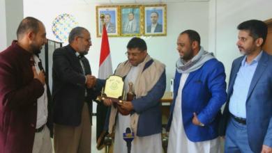 صورة ممثل حماس يلتقي الحوثي في صنعاء