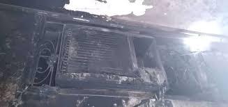 صورة مدير عام #البريقة يتفقد أضرار #حريق نشب بأحد المنازل في منطقة #صلاح_الدين