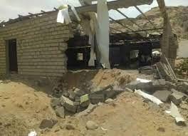 صورة صحيفة سعودية: هجوم على معسكر للجيش اليمني في أبين يحمل بصمات الحوثيين