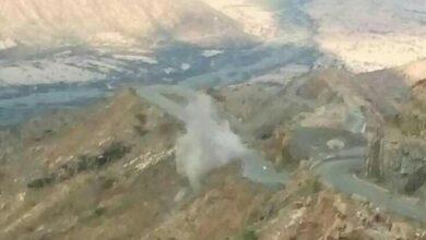 صورة قصف متبادل بين القوات الجنوبية ومليشيا الحوثي في جبهة ثره