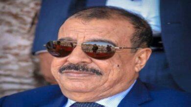 صورة تعليقا على أنباء انعقاد مجلس النواب اليمني في سيئون.. اللواء بن بريك: نزلزل الوادي و #سيئون تحت اقدام الاقزام