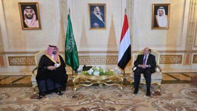 صورة هادي يبحث مع خالد بن سلمان تفعيل خطوات تنفيذ اتفاق الرياض