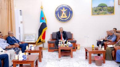 صورة الرئيس الزُبيدي يترأس اجتماعًا مُشتركًا للهيئة الوطنية للإعلام الجنوبي والدائرة الإعلامية بالأمانة العامة واللجنة الإعلامية بالجمعية