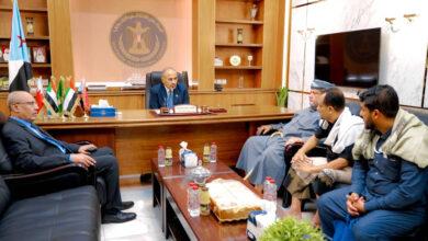 صورة الرئيس #الزُبيدي يلتقي عددا من مشائخ آل بن مهري الكثيري