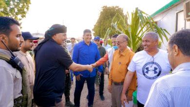 صورة الرئيس القائد عيدروس الزُبيدي يتفقد عددا من المرافق الخدمية في العاصمة عدن