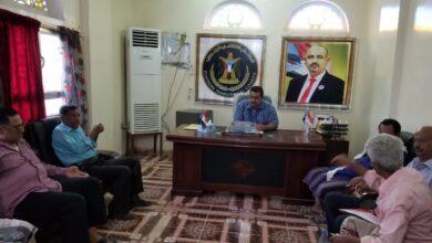 صورة الشعيبي يلتقي بعدد من مدراء الإدارات بالهيئة التنفيذية لانتقالي لحج