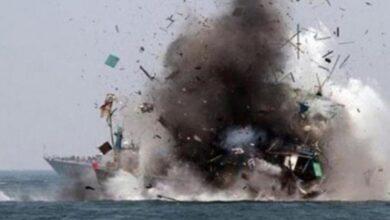 """صورة التحالف يدمر زورقين """"مفخخين"""" لمليشيا الحوثي جنوب البحر الأحمر"""